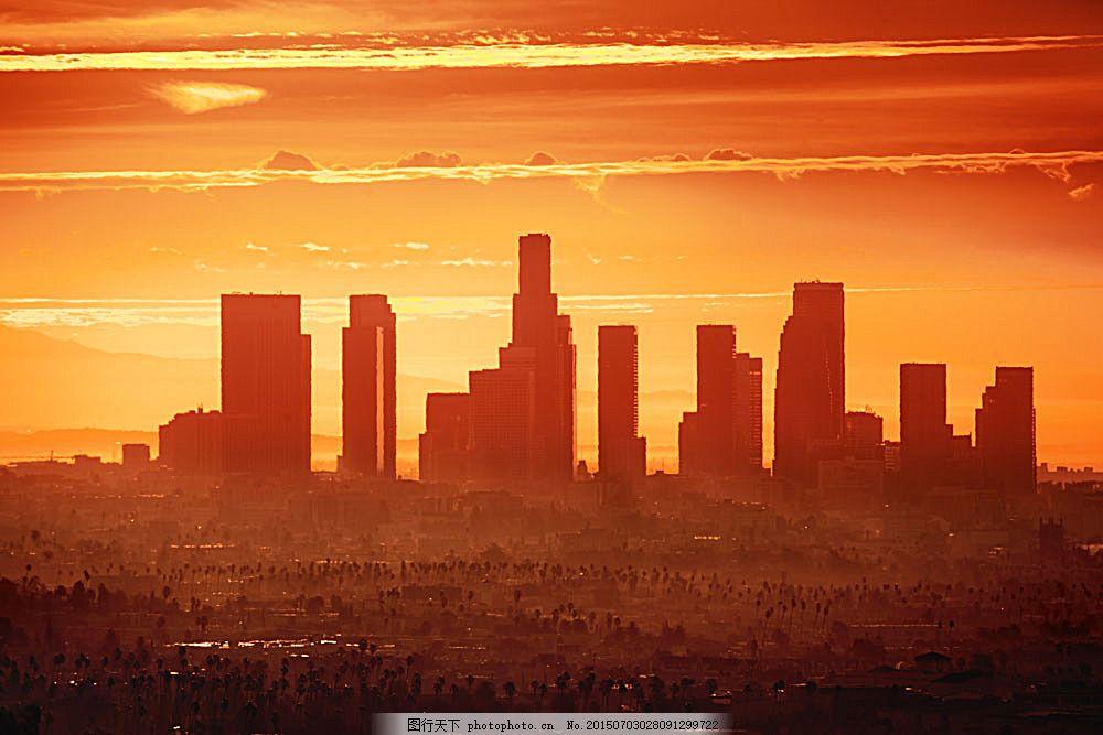 黄昏时的城市风景