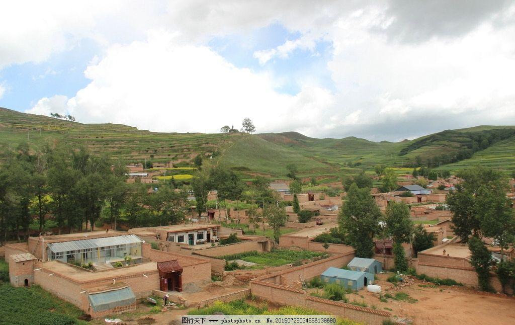 蓝天 白云 农田 绿树 农村 风景摄影 摄影 自然景观 田园风光 72dpi