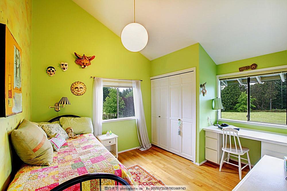 绿色儿童房效果图 卧室 床 壁画 吊灯 桌子 柜子 时尚家具 室内设计