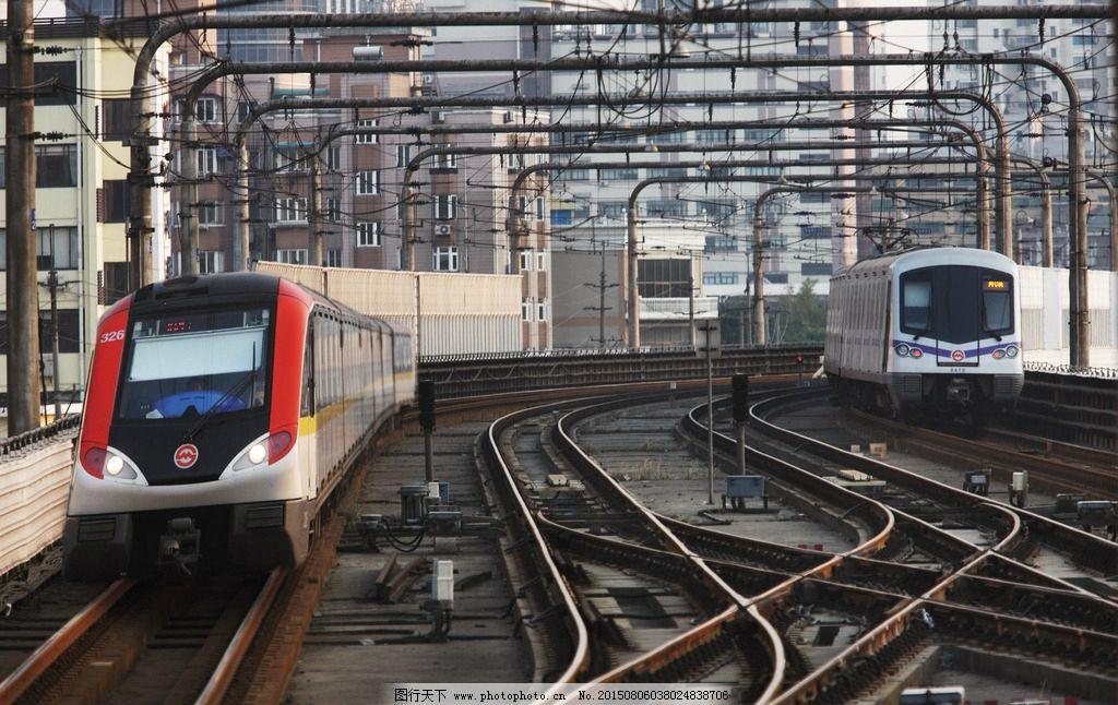 地铁 轨道交通 铁轨 上海 来往 城市 轻轨 三号线 四号线 铁路 生活