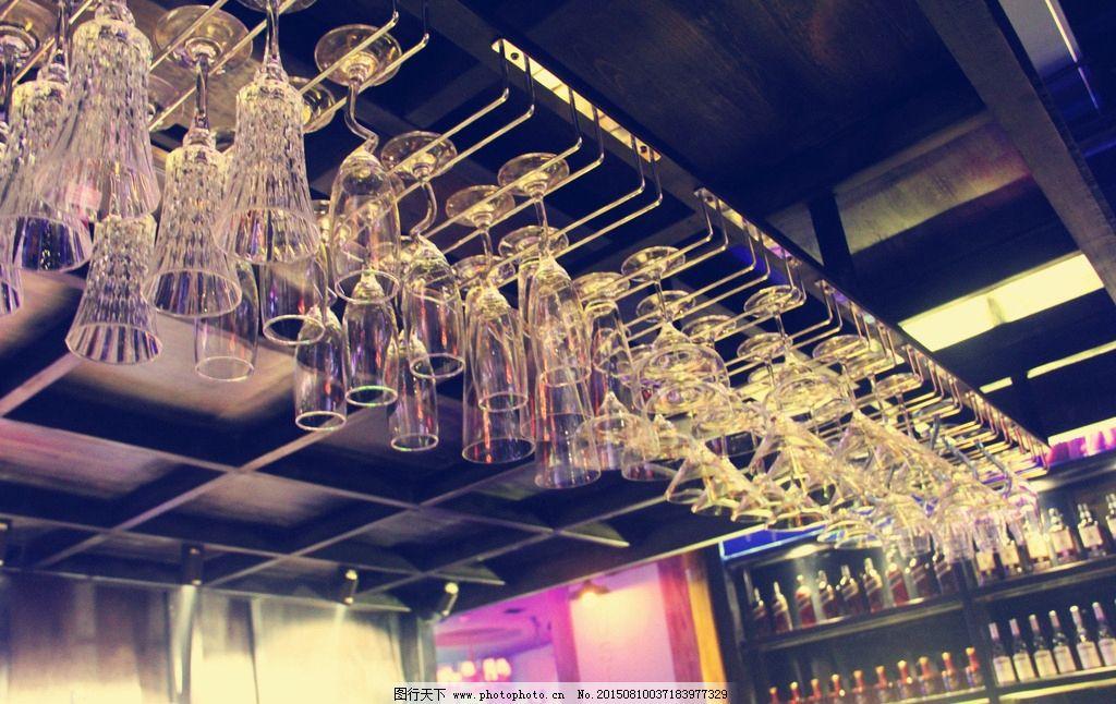 酒吧吧台 酒吧 吧台 掉杯 被子 调酒台 摄影 生活百科 娱乐休闲 72dpi