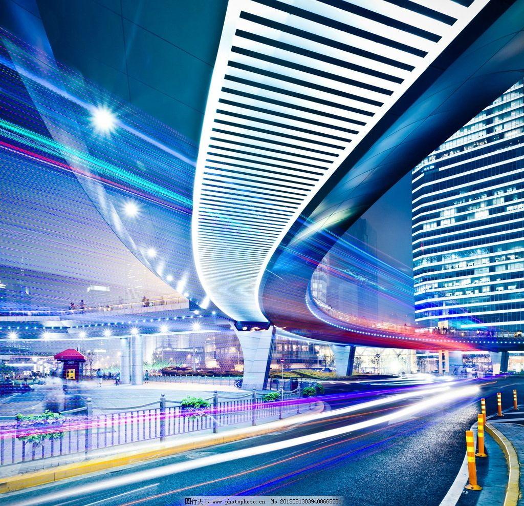 城市高架桥夜景