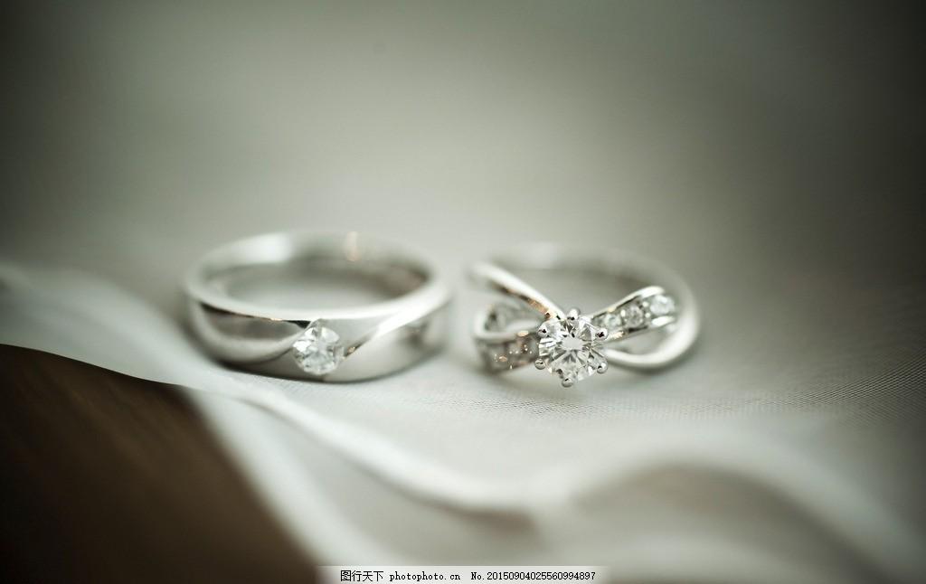 唯美戒指 炫酷 浪漫 银戒指 摄影 生活素材图片
